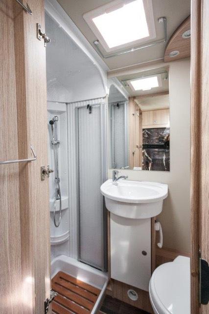 Wohnmobil Oc8 Badezimmer