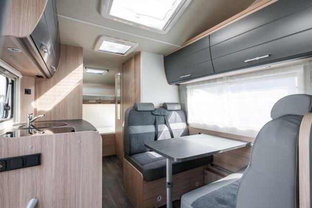 Wohnmobil Oc8 Sitzbereich